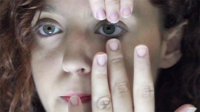Cómo quitar lentes de contacto